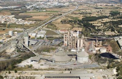 Nacions Unides declara il·legal l'autorització per incinerar residus a la cimentera dels Monjos