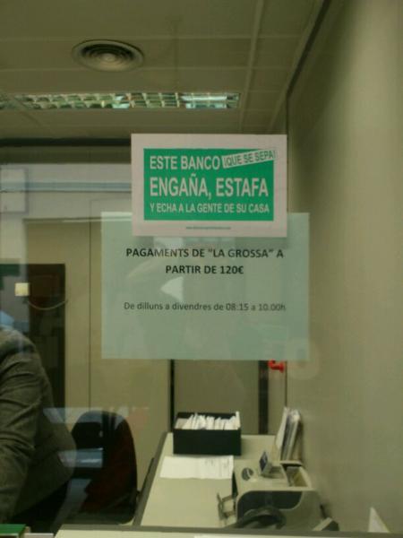 Catalunya caixa es guanya a pols una nova mobilitzaci de for Cx catalunya caixa oficinas