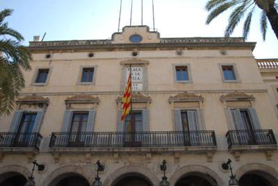 El govern de Vilanova proposa congelar les ordenances fiscals pel 2015