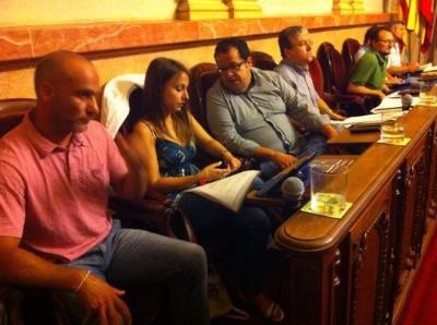 Elena deixa l'escó del PSC al Parlament i passa al grup mixt