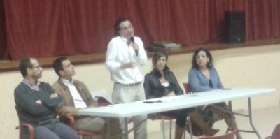 Roger Vives. L'equip de govern va convocar als veïns del municipi a una reunió informativa per abordar el tema