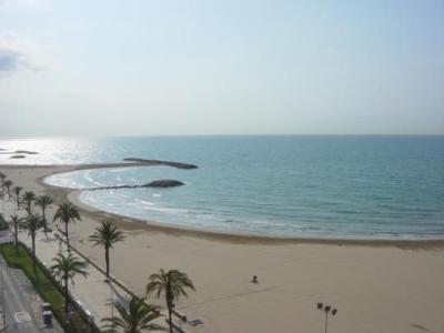 Una dona de 84 anys mor ofegada a la platja de Cunit