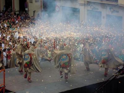 Vilafranca acull la XVIII Mostra de Balls de Diables Centenaris amb Parlaments de Catalunya