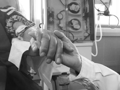 El Servei de Nefrologia del Consorci Sanitari del Garraf posa en marxa un projecte per oferir suport psicològic als malalts amb malaltia renal avançad