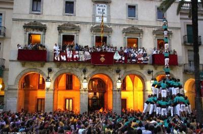 Els Castellers de Vilafranca volen emmanillar Vilanova. Castellers de Vilafranca