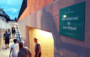 La inauguració de l'històric pas soterrat dóna el tret de sortida a la Festa Major de Segur de Calafell