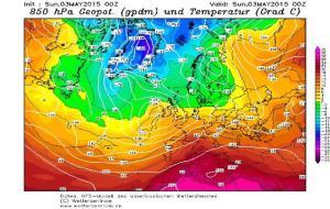 Mapa de temperatures a 850hPa durant el diumenge 3 de maig de 2015