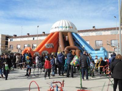 CC Baix Penedès. Més de 700 alumnes del Baix Penedès participen en la Festa de les Idees del reciclatge