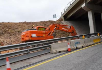 S'inicien els treballs d'ampliació de la sortida 30 de l'autopista per accedir a Les Pruelles. Ajuntament de Sitges