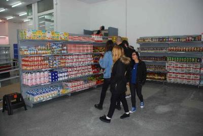Míriam de Lamo. Un economat dignificarà l'entrega d'aliments als ciutadans sense recursos a Vilanova