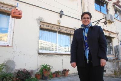 Carles Castro. Una família, angoixada per la pèrdua de casa seva arran el desenvolupament de l'Eixample Nord