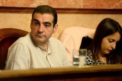 L'Ajuntament de Vilanova obliga un regidor a tornar més de 9.000 euros per no haver assistit als plens durant més d'un any