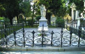 El cementiri patrimonial de Vilafranca del Penedès