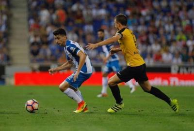El granadenc Marc Roca, altpenedesenc més jove en debutar a Primera Divisió. RCD Espanyol