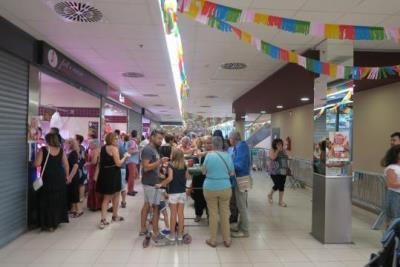 El Mercat Municipal La Sínia va celebrar el seu 5è aniversari amb la primera edició del Festival de Tapes. Ajt Sant Pere de Ribes
