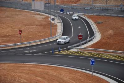 Obert al trànsit el nou accés de la C-32 al polígon Les Pruelles-Mas Alba de Sitges. Míriam de Lamo