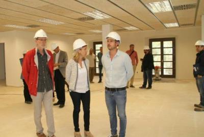 A punt de finalitzar les obres d'adequació de l'edifici annex a l'Ajuntament de Vilanova. Ajuntament de Vilanova
