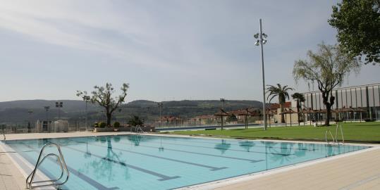 la piscina d 39 estiu de sant sadurn tindr un acc s