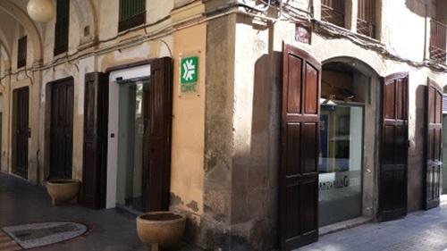 Vilanova ofereix un servei d 39 assessorament jur dic gratu t for Oficina consumidor granada