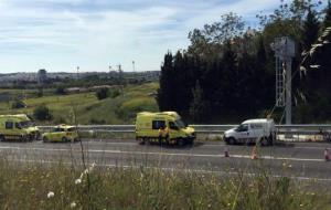 Un ciclista, ferit greu en un accident a la C-31 a Vilanova