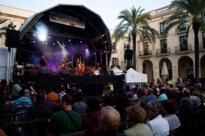 Una de les actuacions del Festival Internacional de Música Popular Tradicional (FIMPT) de Vilanova i la Geltrú. Ajuntament de Vilanova