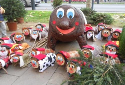 Vilafranca renova la fira de santa ll cia que tindr for Casetes de fusta per jardi