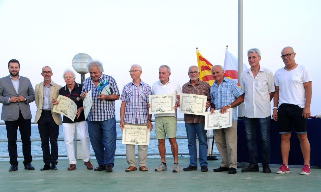 Sitges reconeix els xits i traject ries d esportistes i for Piscina municipal sitges