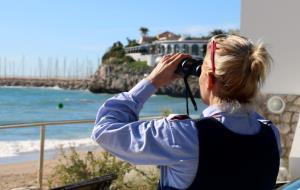Acaba sense resultats el tercer dia de recerca de l'home desaparegut a la platja de Sitges