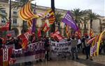 Concentració a la plaça de la Vila de Vilanova amb motiu del Dia Internacional de la Dona
