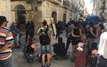 Desallotgen les tres finques ocupades a la plaça de la Vila de Vilanova i la Geltrú. EIX
