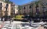 Desallotgen les tres finques ocupades a la plaça de la Vila de Vilanova i la Geltrú