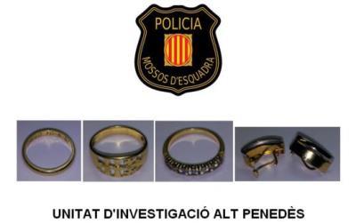 Detingut l'operari d'una empresa de tractament d'aigua domèstica per robar joies en dos domicilis de Gelida. Mossos d'Esquadra