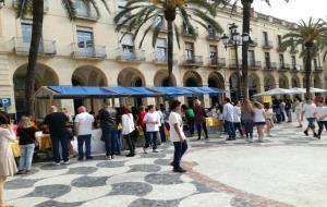 El valor de la solidaritat i la creativitat, al Mercat de Joves Emprenedors de Vilanova