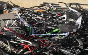 Enxampen un remolc a Vilanova carregat amb 17 bicicletes robades