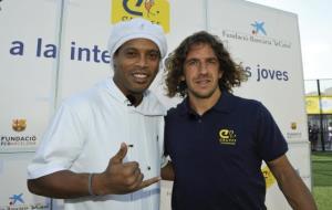 Inauguració d'un Cruyff Court a Les Roquetes amb Ronaldinho i Carles Puyol