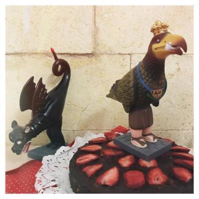 La Festa Major de Vilafranca promou les mones amb elements del folklore vilafranquí. Ajuntament de Vilafranca