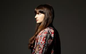 La pianista vilanovina Laura Farré Rozada ja té enllestit el seu primer disc