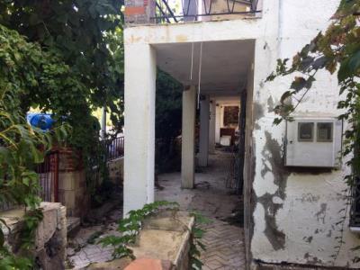 L'Ajuntament de Calafell obre expedient de ruïna i ordena l'enderroc de Villa Carolina. Ajuntament de Calafell