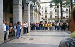 L'Ajuntament de Vilanova penja una pancarta amb el lema 'Republiquem' per reivindicar l'1-O