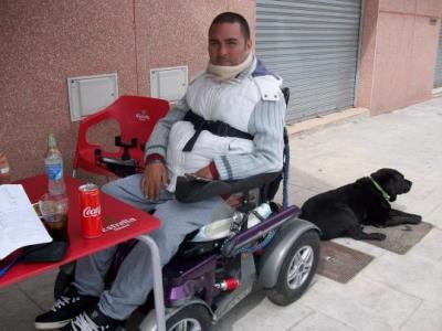 Miguel Bejarano és un calafellenc que fa dotze anys va patir un greu accident laboral que el va deixar tetraplègic. Ramon Filella