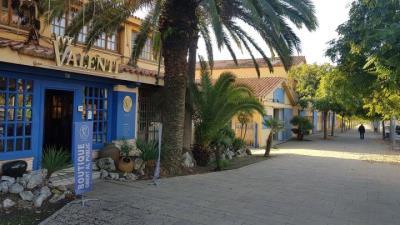 Mobles Valentí vol convertir la fàbrica de Sant Pere de Ribes en un centre comercial amb cinemes. Eix