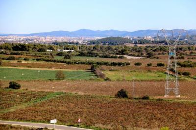 La plataforma No fem el CIM proposa destinar els terrenys del Logis Penedès a crear un gran parc agrari