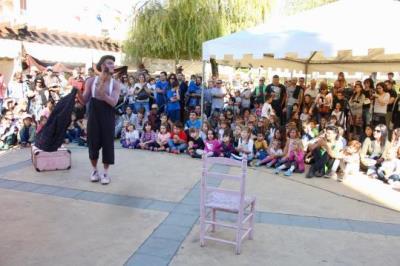 Torna la Fira d'Artesania i el Festival Clownic a Torrelles de Foix. Clownic