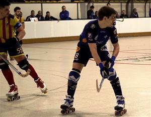 Arnau Ribas va fer un partit complet en defensa