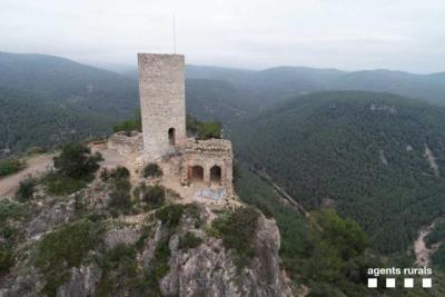 Castellví de la Marca posa en marxa la segona fase de la restauració del Castellot. Agents rurals