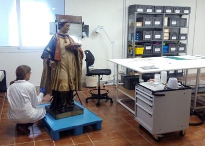 El laboratori del museu VINSEUM restaura sant Fèlix. Vinseum