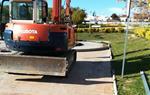 El veïnat de Santa Maria de Cubelles atures les màquines que havien de remodelar el parc