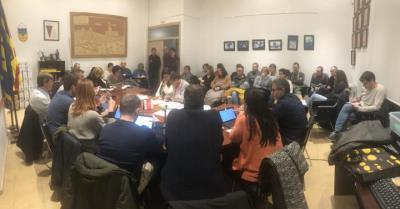 """Els treballadors municipals d'Olèrdola se senten """"enganyats"""" pel govern i reclamen el compliment dels acords laborals. EIX"""