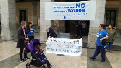 Entitats socials critiquen la manca de fluïdesa del registre d'empadronament a persones sense sostre. Jordi Lleó