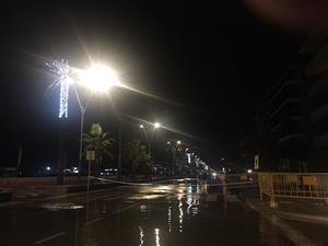 Inundacions, talls de llum i carrers tancats pel temporal de pluja i vent al Penedès i Garraf